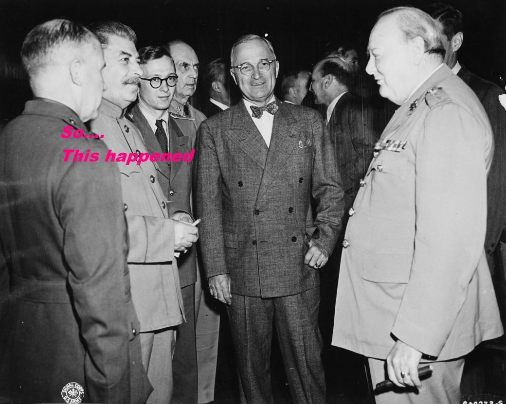 Bundesarchiv_Bild_183-29645-0001,_Potsdamer_Konferenz,_Stalin,_Truman,_Churchill.jpg